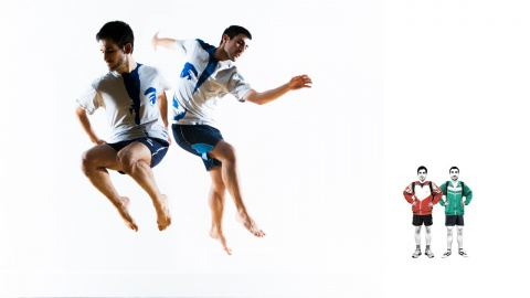 Igor and Moreno - Idido-Syncrasy (the two performers are jumping in the top left corner and a graphic representation of them is in the bottom right in small)